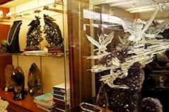 一級研磨士の作品や商品を<br /> 数多く展示・販売
